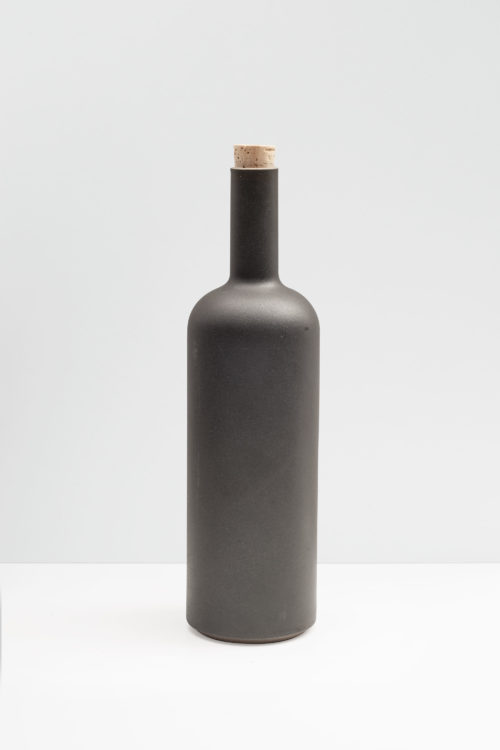 Hasami Porcelain Bottle in matte black