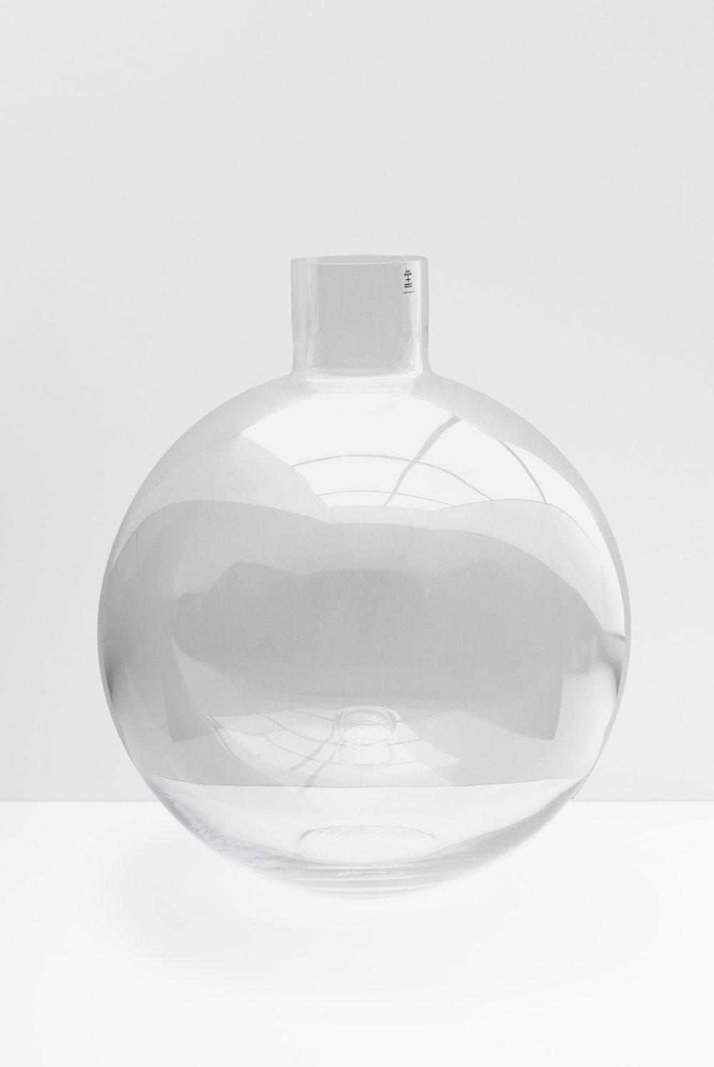 Pallo clear glass