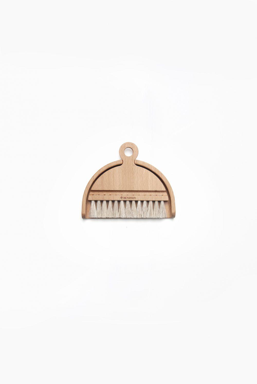 Iris Hanverk Table Brush Set